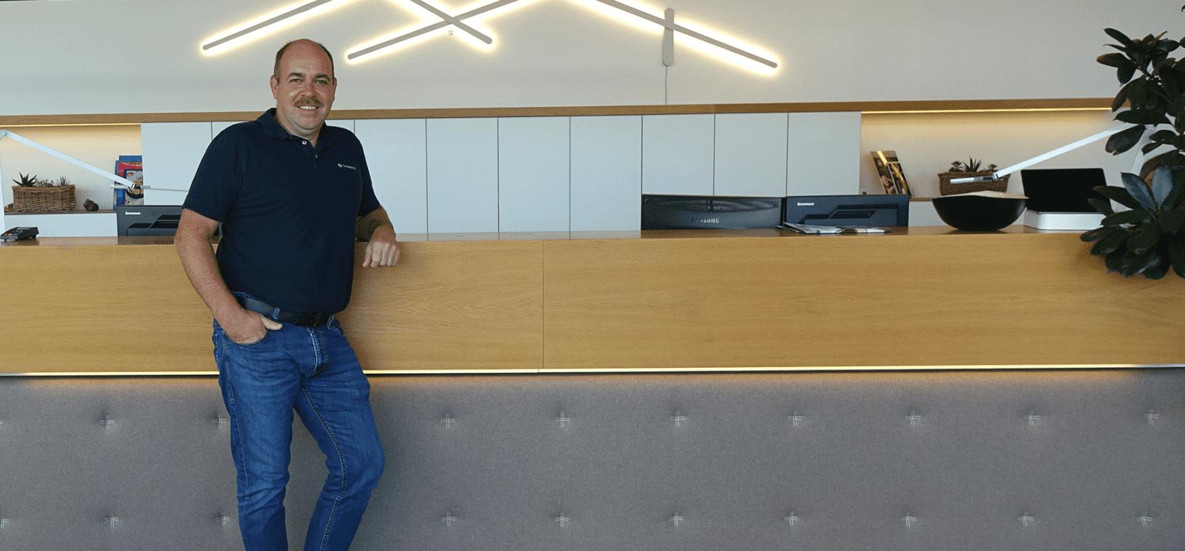 Amann Thomas, Teamleiter Beleuchtung bei Conceptlicht im Lichtstudio