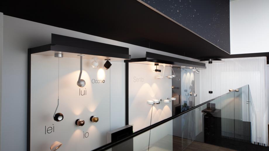 Occhio Ausstellung - Wandstrahler, Spots, Stehlampen uvm. von Occhio bei Conceptlicht